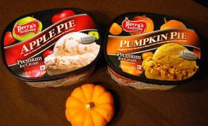 Apple Pie and Pumpkin Pie - Perry's Ice Cream