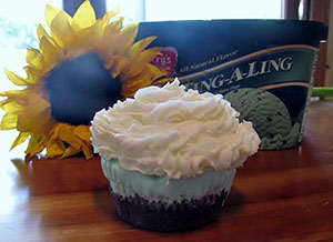 Mint-Ting-A-Ling Cupcakes